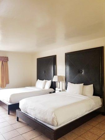 Casa Bella Inn : Double queen room