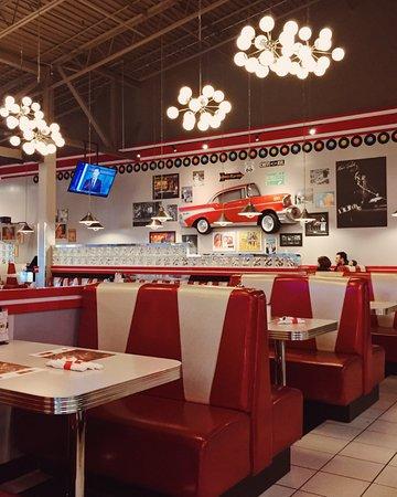 Jukebox Burgers Amp Bar Laitier Dollard Des Ormeaux Menu
