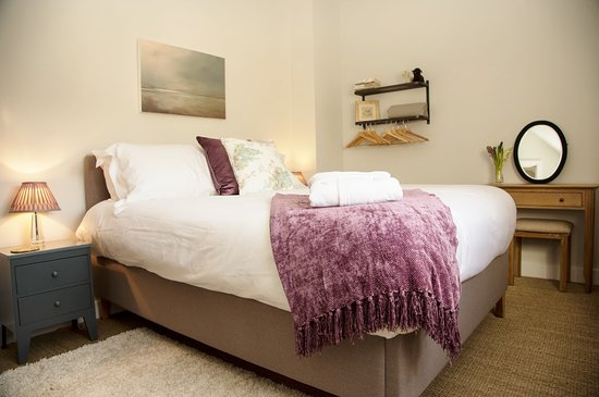 Shipton under Wychwood, UK: Room 1 (king size)