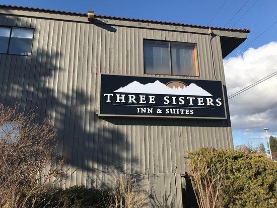 Bend Three Sisters Inn & Suites Photo
