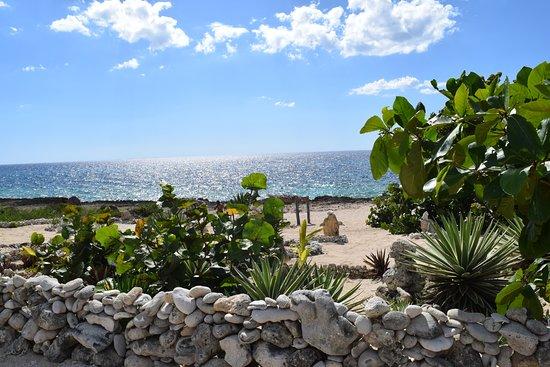 La Boca, คิวบา: Petite plage à 1km de la villa pour snorkelling