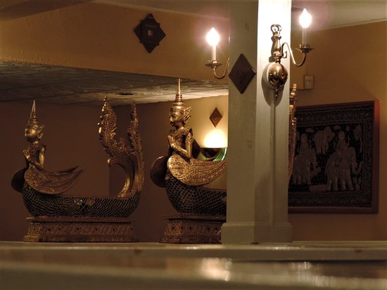Auburn, ME: I love the decor, it is relaxing