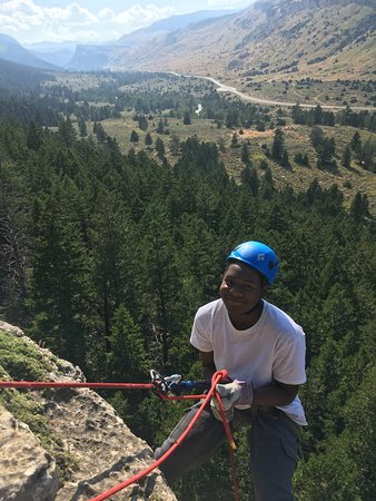 Wind River Climbing Guides: Rappelling in Sinks Canyon