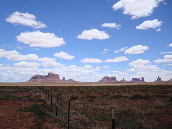 Monument Valley Navajo Market