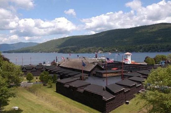O ingresso do Fort William Henry...