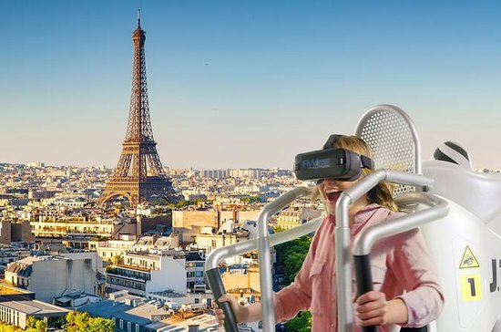 Fly over Paris in virtual reality