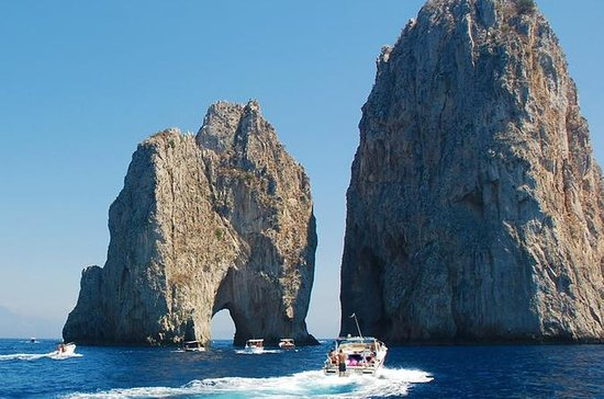 Capri Deluxe Small Group Shared Tour ...