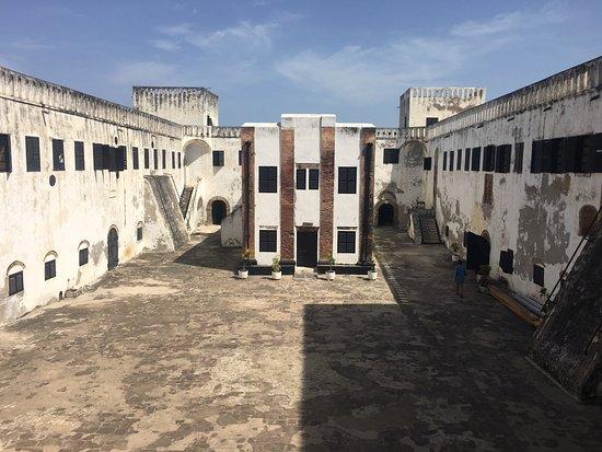 Elmina Castle: inner courtyard
