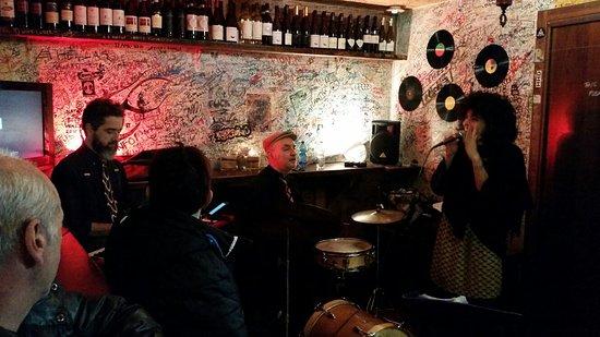 Osteria all'Alba: *Live-Musik*