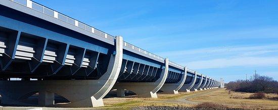 the water bridge bild von wasserbr cke bei magdeburg hohenwarthe tripadvisor. Black Bedroom Furniture Sets. Home Design Ideas