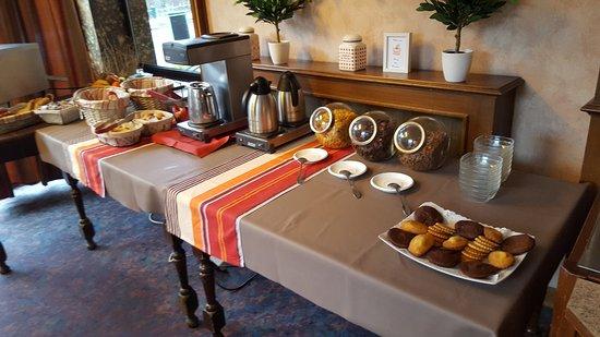 Grand Hotel de la Reine Amelie: petit déjeuner