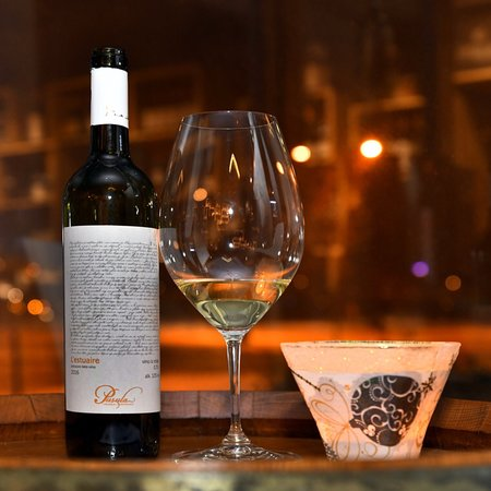 Wine therapy organizuje svakog ponedeljka degustacije vina.