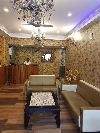 Interior - Picture of Capital O 13773 Hotel The Shoba Estate Gold, Mahipalpur - Tripadvisor
