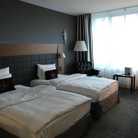 فندق موڤنبيك مطار شتوتغارت: photo1.jpg