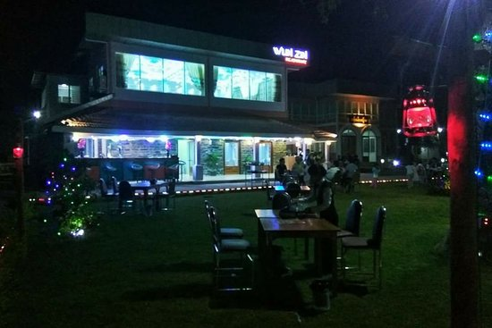 Meiktila, Myanmar: Wun Zin Bar & Restaurant