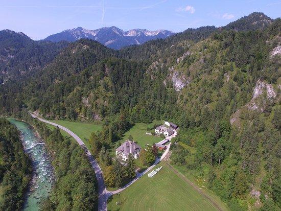 Wildalpen, Áustria: Celkový pohled na okolí řeky Salzy.