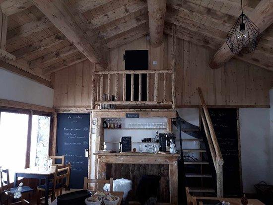the view back towards la loye photo de le trait d 39 union refuge du danchet saint martin de. Black Bedroom Furniture Sets. Home Design Ideas
