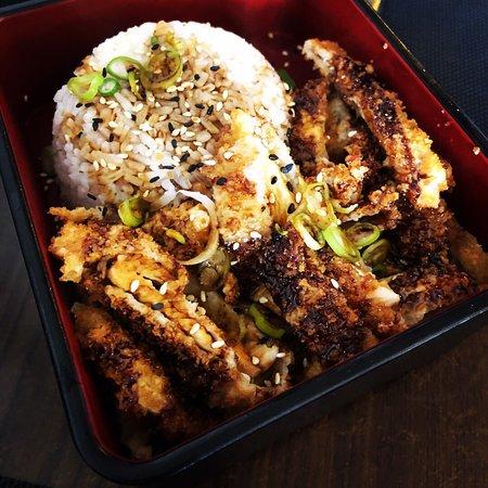 El mejor japo de la zona. Comida de calidad, bien elaborada y buen trato.