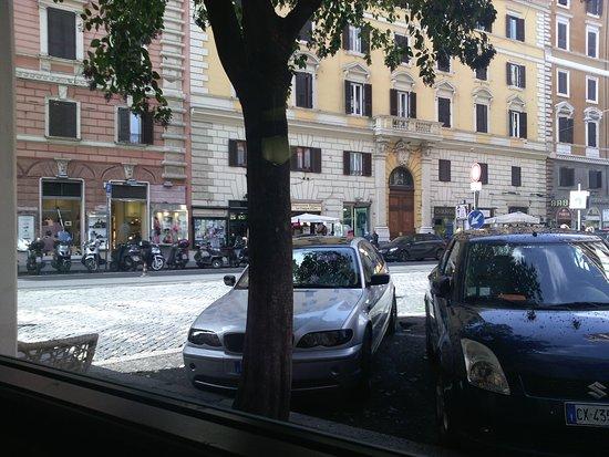 °HOTEL NEW HOLIDAY HOUSE ROMA 2* (Italia) - da € 178 ...