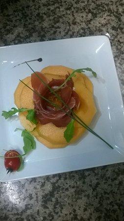 Gignac, Francia: Légumes et fruits de saison...