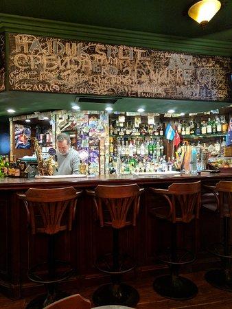 Cozy Restaurant Cafe & Pub: IMG_20180310_202123_large.jpg