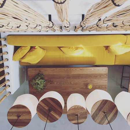 restaurant la marine dans noirmoutier en l 39 ile avec. Black Bedroom Furniture Sets. Home Design Ideas