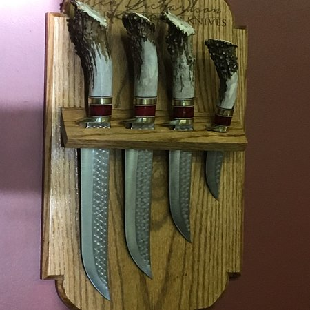Cherryville, MO: Butcher knife set made by Ken Richardson knives