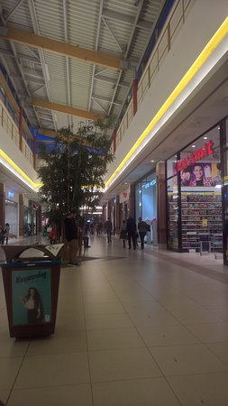 Sint-Niklaas, Belgium: Waasland Shopping Center