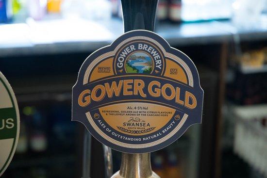 Dinas Cross, UK : Freemasons House Real Ale - Gower Gold