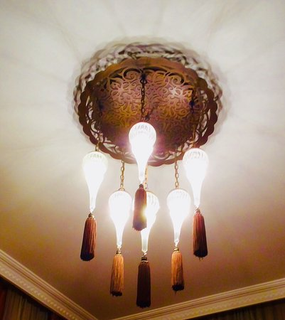Ottoman Hotel Imperial: The beautiful lamps in my Hotel room