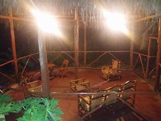 Mazan, بيرو: terraza de Amazon Queen Lodge
