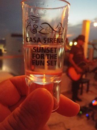 Casa Sirena Hotel: 20180307_192039_large.jpg