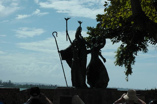 the statues of La Rogativa Feb. 2018