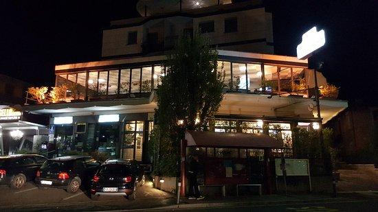 Taormina naxos casalecchio di reno ristorante for Hotel casalecchio bologna
