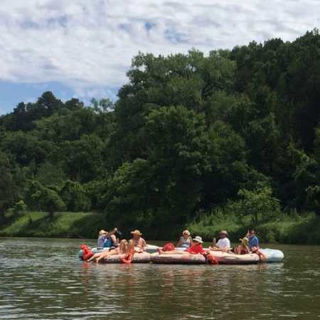 Valentine, NE: Group of tubers enjoying the beautiful Niobrara River