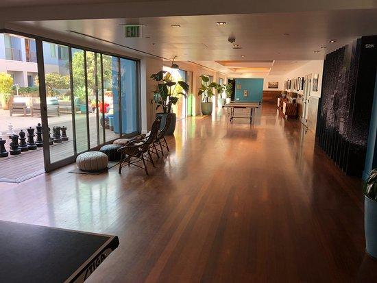 Kimpton Sbreak Huntington Beach Resort Playroom Ping Pong And Chess