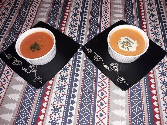 Rowy, Polonya: Zupa krem z pomidorów w dwóch odsłonach :)