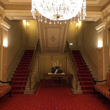 Hapimag Resort Bad Gastein: Eingangsbereich zum ehemaligen Kaiserhof, jetzt Hapimag Resort