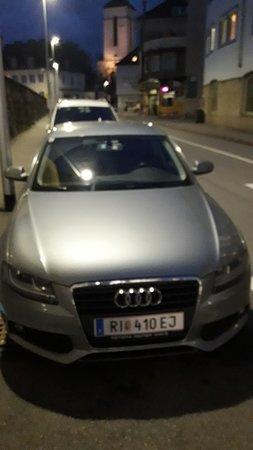 Attnang-Puchheim, النمسا: Parken ohne Uhr