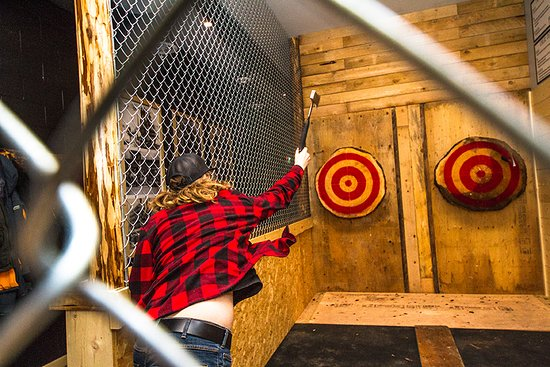 Peak Axe Throwing