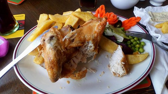 Eamont Bridge, UK: Quarter chicken and chips