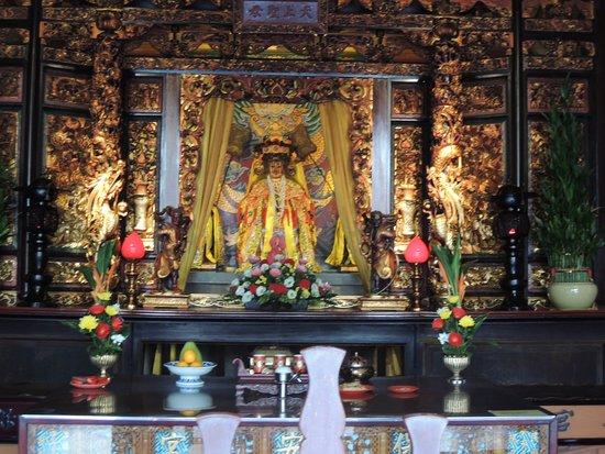 Hsing Tian Kong: 本殿です