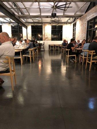 Cooroy, Australia: spacious dining room
