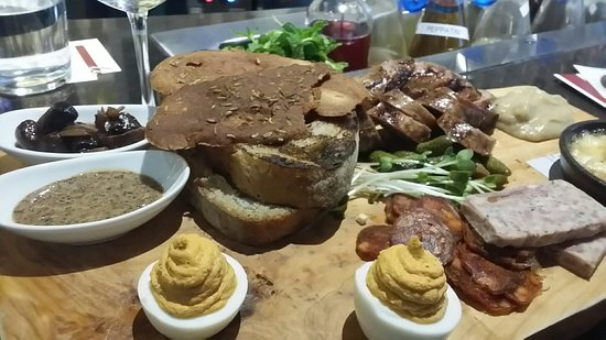 Fielding's Local kitchen + Bar: 20180310_181927_large.jpg