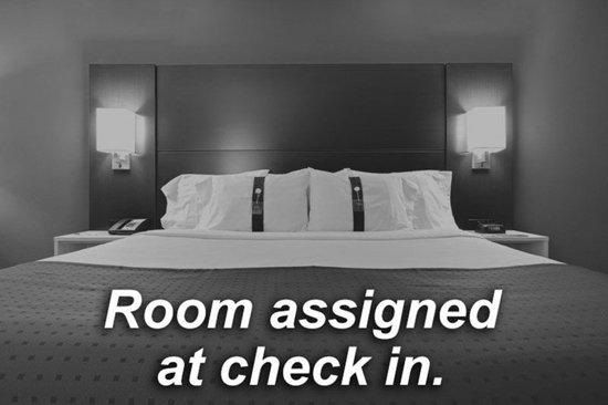 هوليداي إن آي 64 وست إند: Guest room
