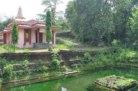 Ancient Goa tour with Archaeologist or Local guide
