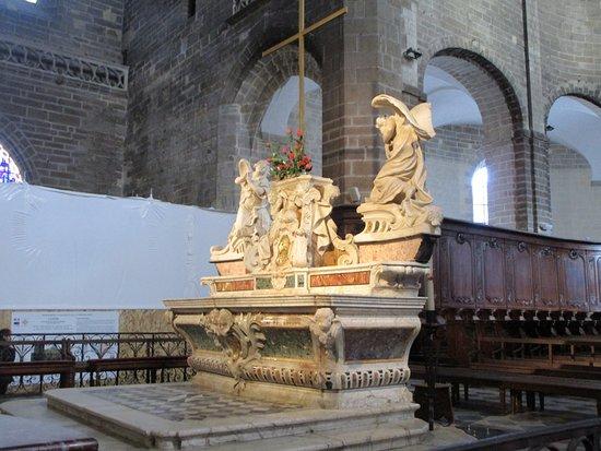 Cathedrale Saint Pierre照片