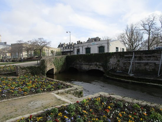 Vista dalla 39 porte calmont 39 bild fr n jardin des for Porte 12 tripadvisor