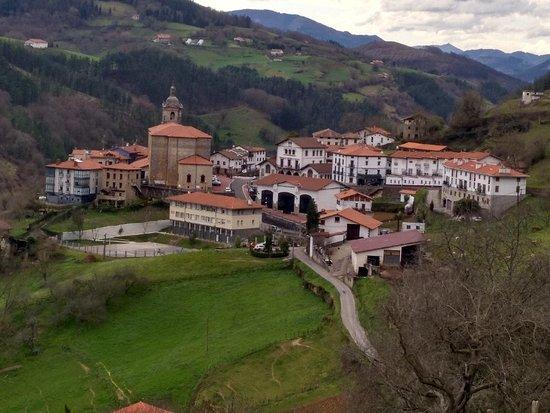 Errezil, Hiszpania: 100% recomendado Lugar precioso trato muy amable y la restauración muy buena volveremos