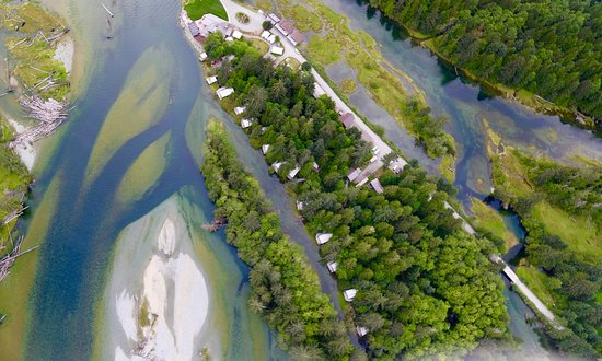Clayoquot Wilderness Resort : Aerial View of Resort
